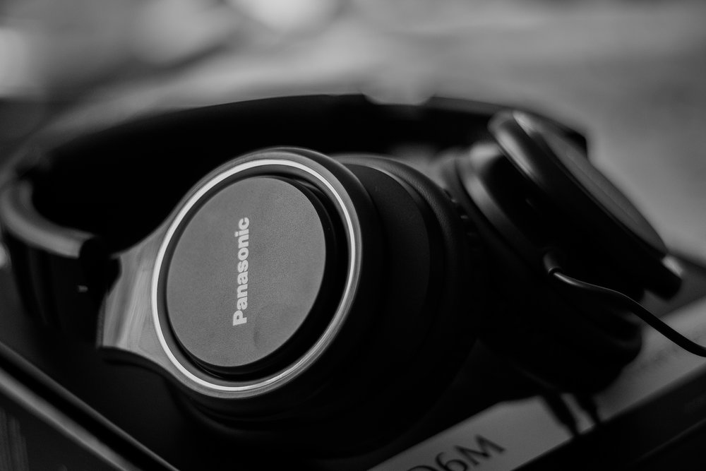 headphones resting.jpeg