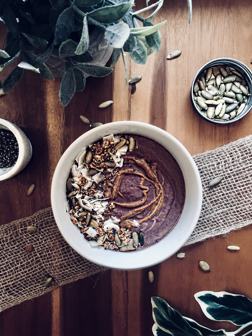 Cauli-Acai Smoothie Bowl