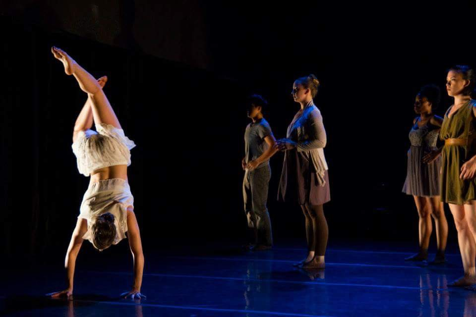 Winifred Haun & Dancers, photo by Matthew Gregory Hollis
