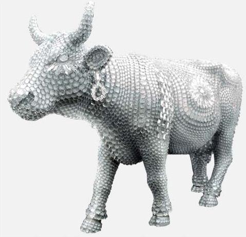 Waga-Moo-Moo.   Photo credit: Cow Parade  .