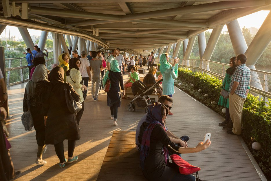 """""""The bridge is one of numerous new public infrastructure projects spearheaded by Tehran mayor Mohammad Bagher Ghalibaf, who is reported to have invested greatly in improving the city's environment."""" (Amy Pearson, Dezeen 2016)"""