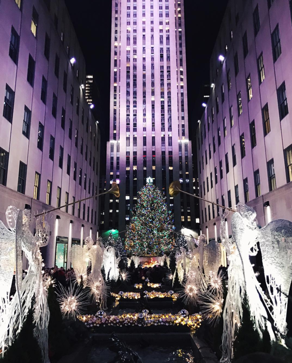 10. SEE: The legendary Christmas Tree at Rockefeller Center (A favorite of Kevin McAllister's)