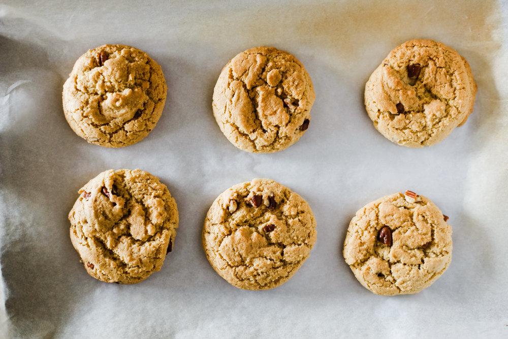 pecan cookies_F4+1-2.jpg