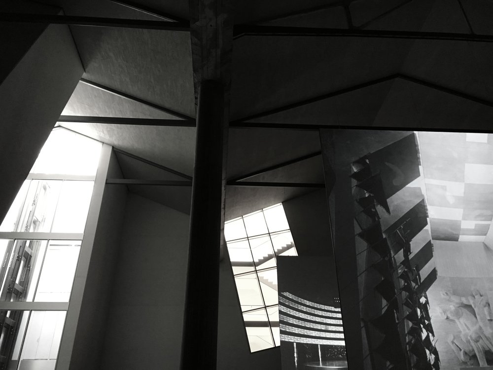 Vista dei collegamenti verticali dall'interno del Deposito