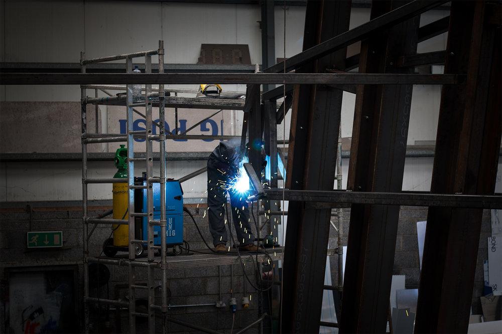 welding frame.jpg