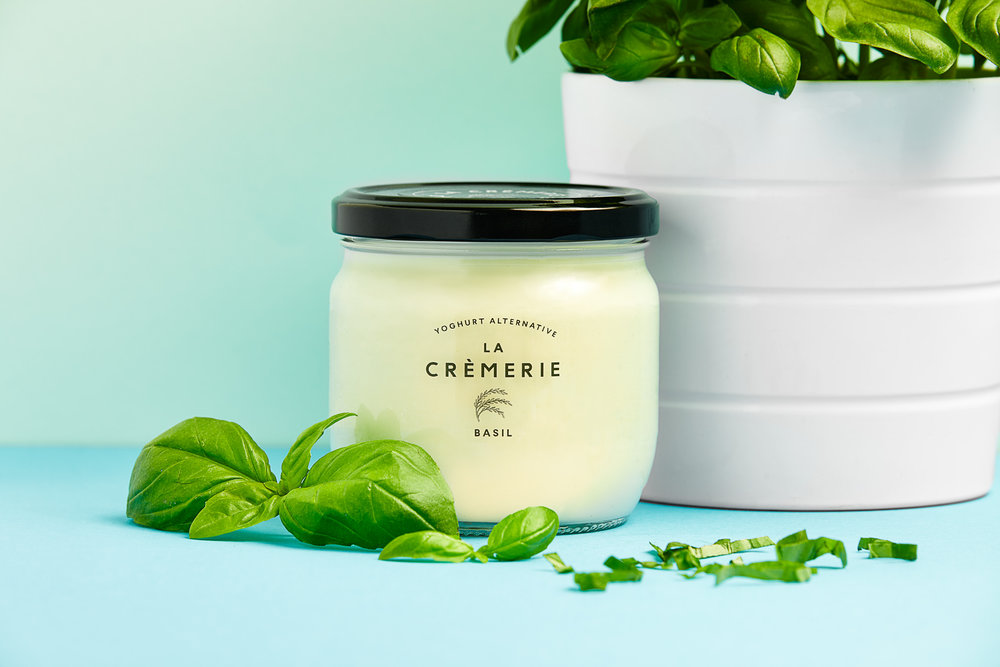 Arguably the world's most unexpected yoghurt flavour. Savoury or sweet? Our dear Basil swings both ways.   Ingredients : Water, organic rice (30%), organic basil leaves (1.5%), live cultures (Pediococcus pentosaceus, Lactococcus lactis).