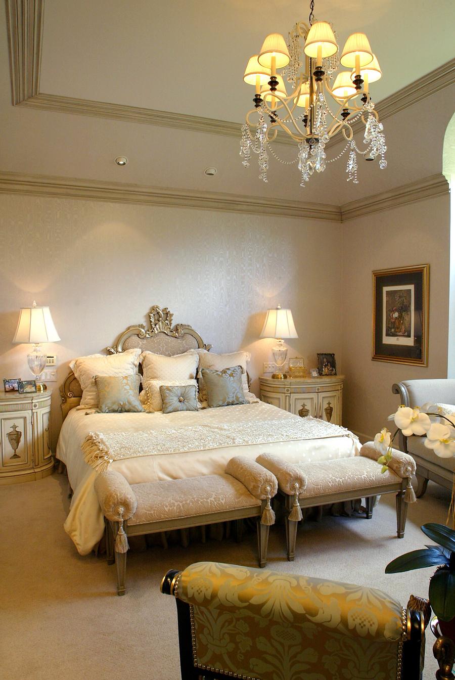 bedroom2lg.jpg