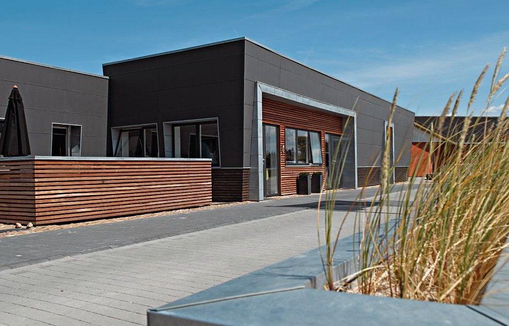 Henne_Strand_arkitektfirmaet_vest.jpg
