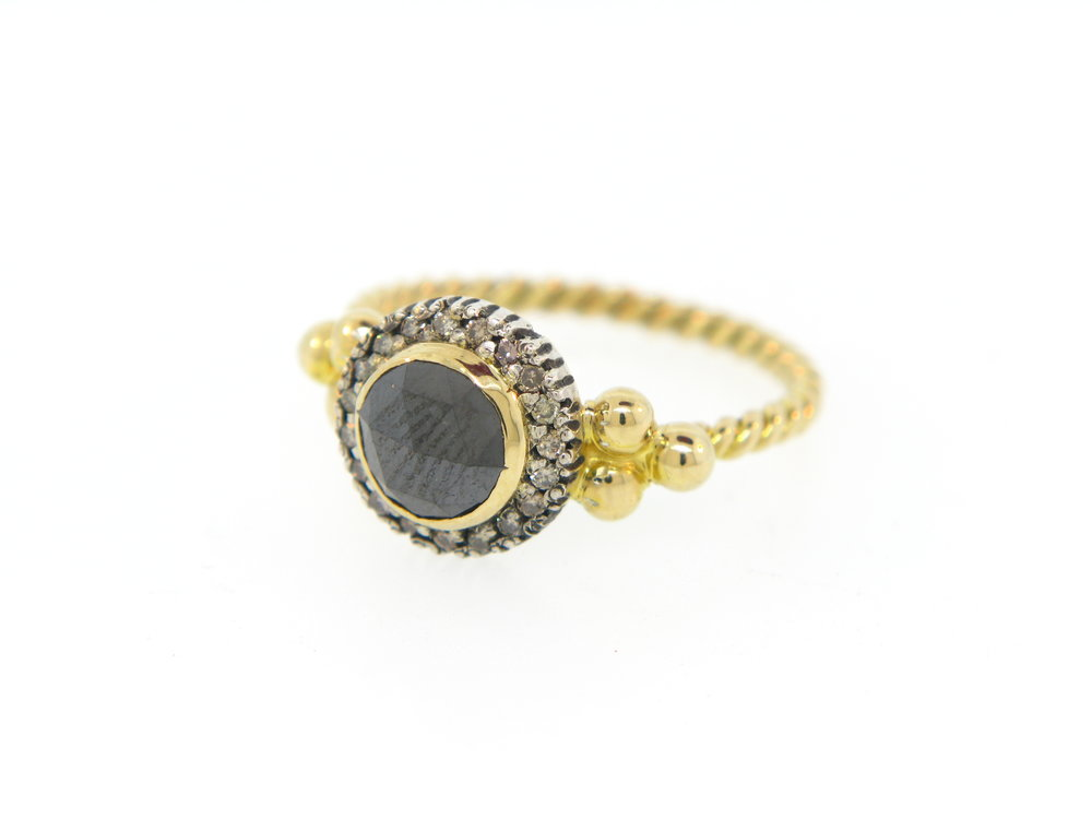 Black RC on 18K Yellow Gold Eng.Ring