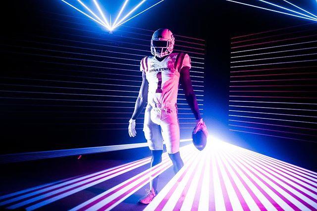 19 days till kickoff! #shootorigami #bts #setlife #redcamera #lasers 📷: @rylandmaserang