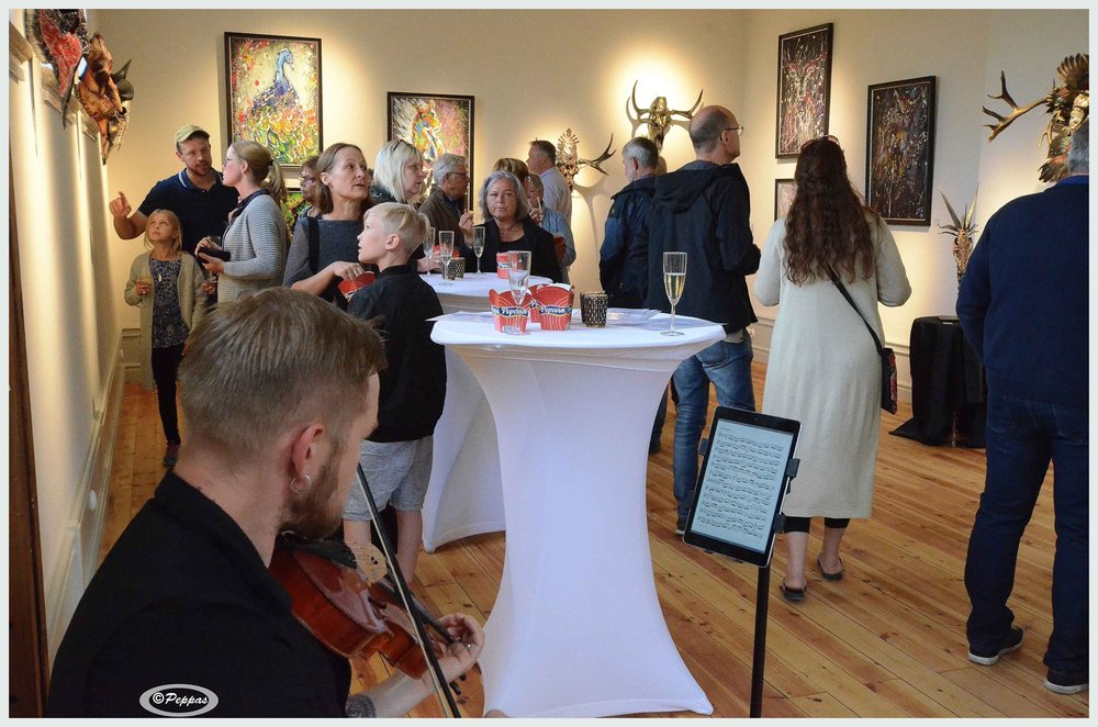 Grand opening night at Helsinglight Art Gallery. Artwork by Petra Shara Stoor. Music during the night performed by Thomas von Wachenfeldt. Photo: Bonny Sjöblom