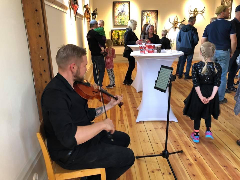 live music thomas von wachenfeldt helsinglight art gallery.jpg