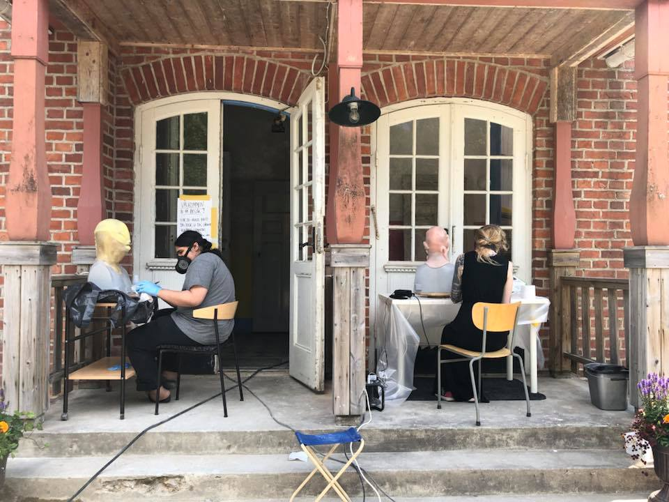 Creative work going on everywhere at Helsinglight last summer! Here students decided to sit outside and airbrush their masks!