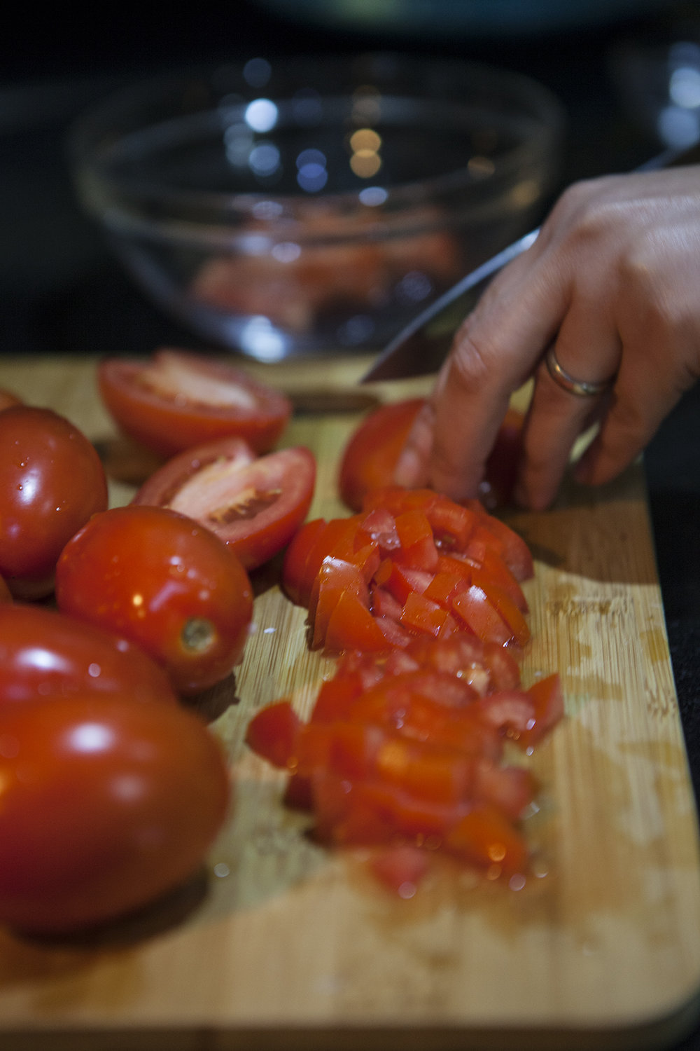 sauce slicing tomatoes.jpg