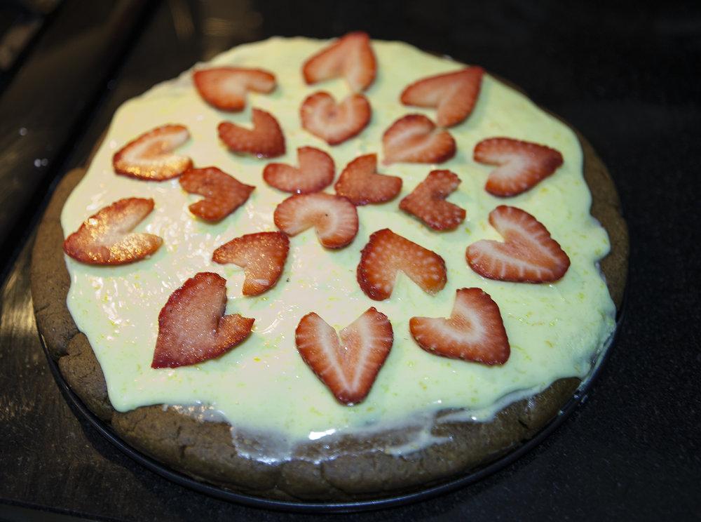 Dessert Pizza Strawberry Hearts
