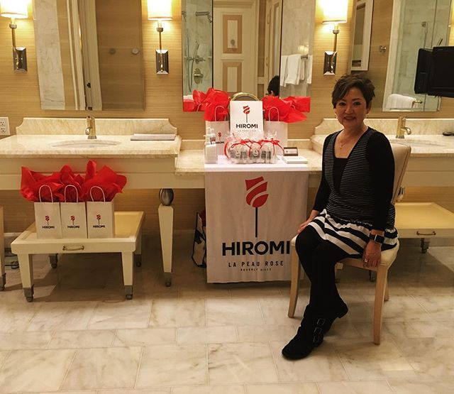 Promoting my new organic skincare line in Vegas (safe and sound). #tradeshow #hiromiskincare #skincareroutine #skincareprofessional #beauty #organic #skincare #lapeaurose #salonrepublic #lasvegas