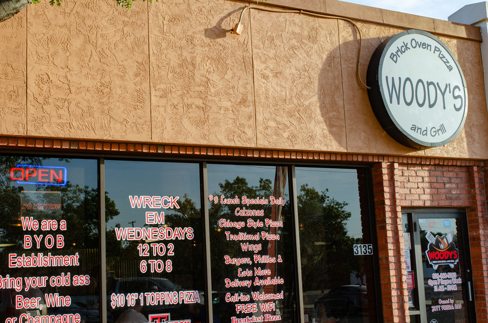 About Woody's - A family owned operation located on 34th street. Known for their Chicago style thin crust deep dish pizza they offer a whole menu that anyone can find what their craving!