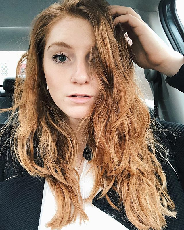 Just here to interrupt your feed with a lions mane 🦁 happy Friday loves! - - #redhead #redheadsdoitbetter #redheadselfie #redhairdontcare #longredhair #beautycommunity #skincarecommunity #skincareobsessed #bblogger #beautyobsessed #redhairstyle #redhairlove #gingerhair #instaredhead #naturallashes