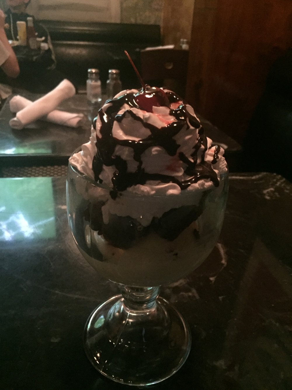 big brownie sundae.jpg