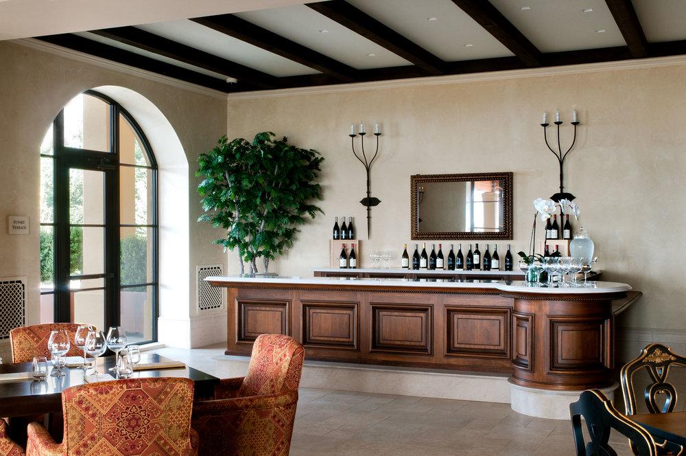 Domaine Serene: Members Lounge