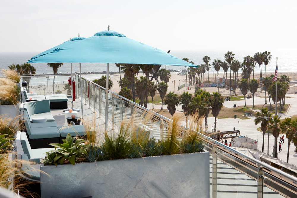 Hotel Erwin: Rooftop Bar