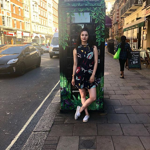 A little @ted_baker to go with my London phone booth. #tedbaker #playsuit #romper #london #england #whatiwore #partytime #litaf #travel #travelfashion #fashion