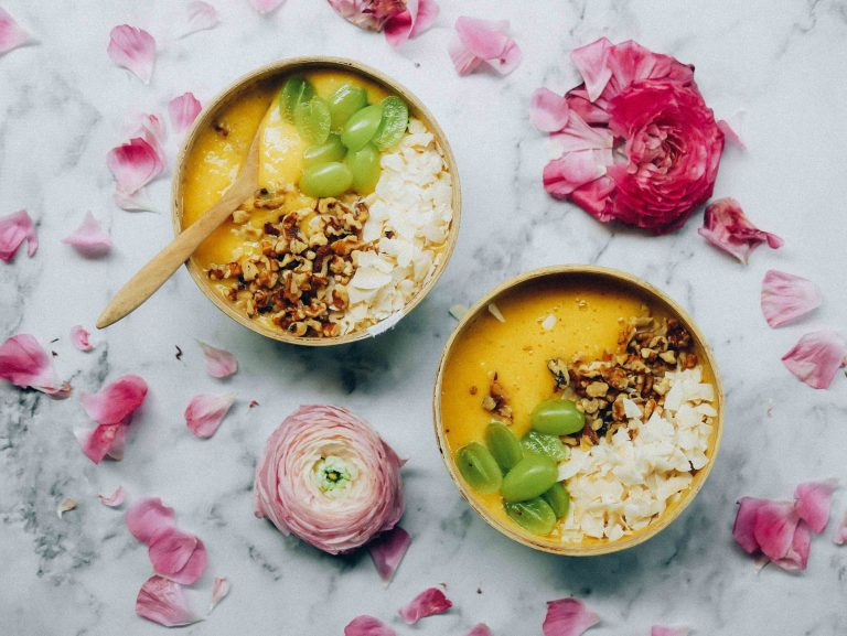 tropical-smoothie-bowl.jpg