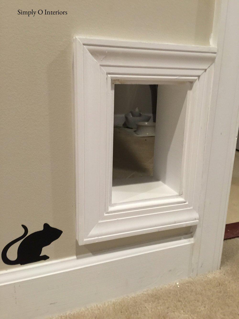 Hidden Kitty Litter Entrance