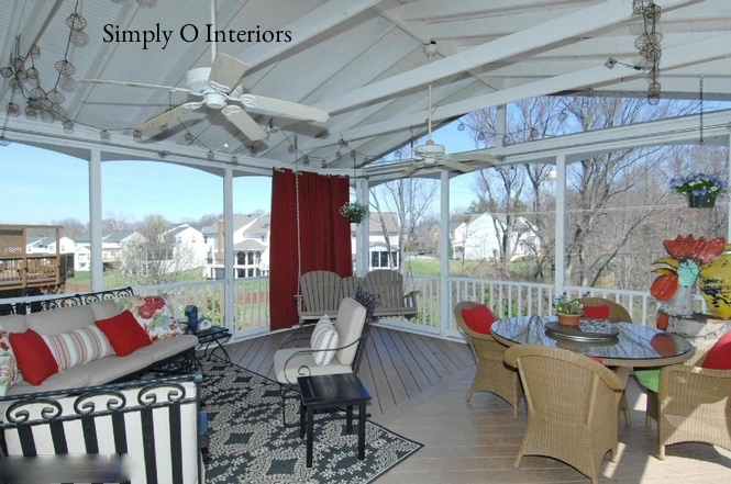 Custom Screened Porch with Vaulted Ceiling