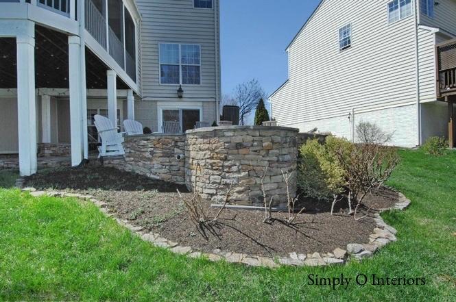 Fire Pit & Stone Patio