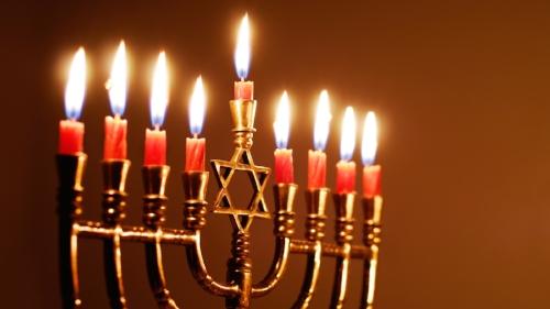 hanukkah-menorah-3.jpg