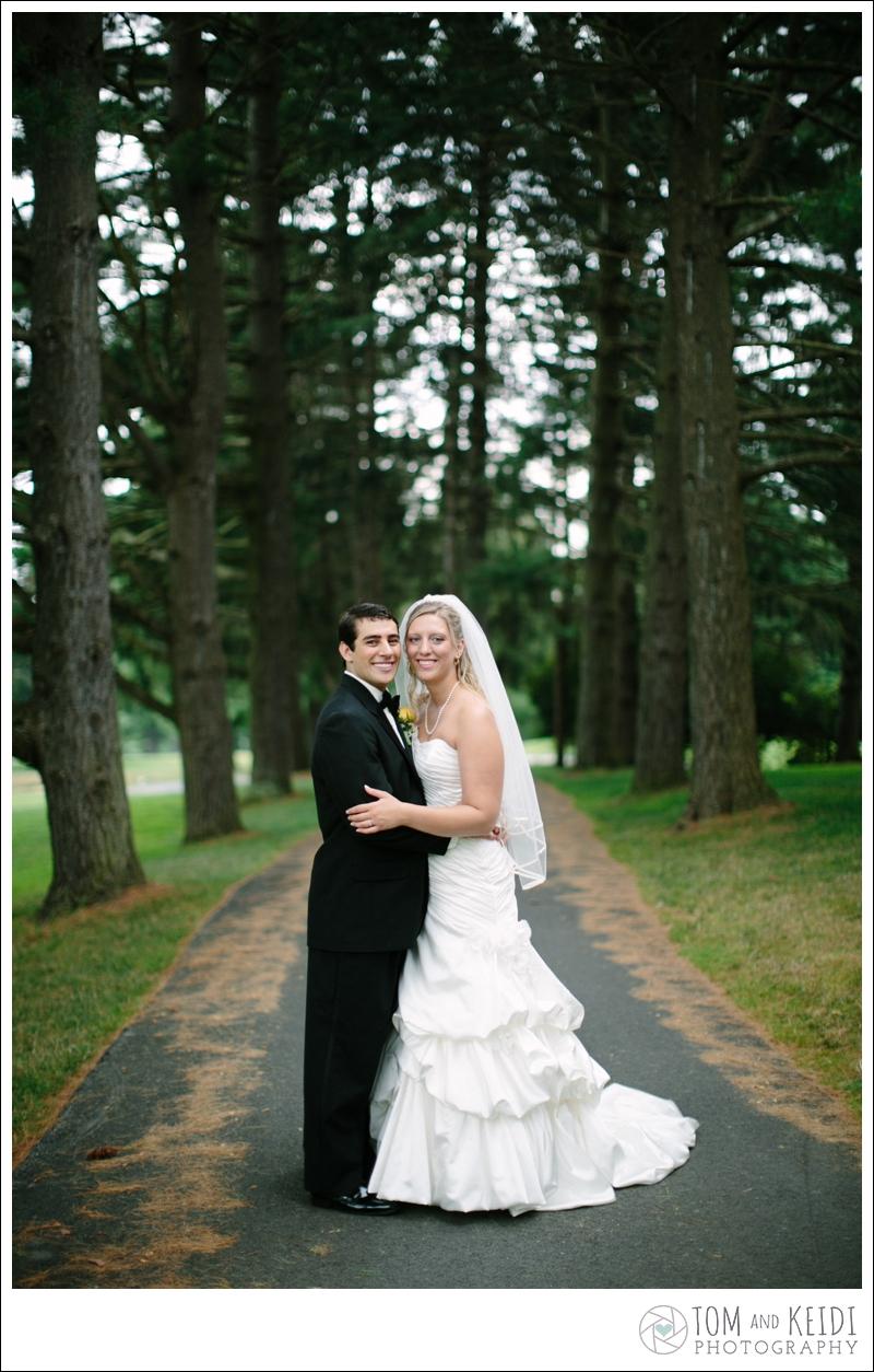 romantic candid wedding photos