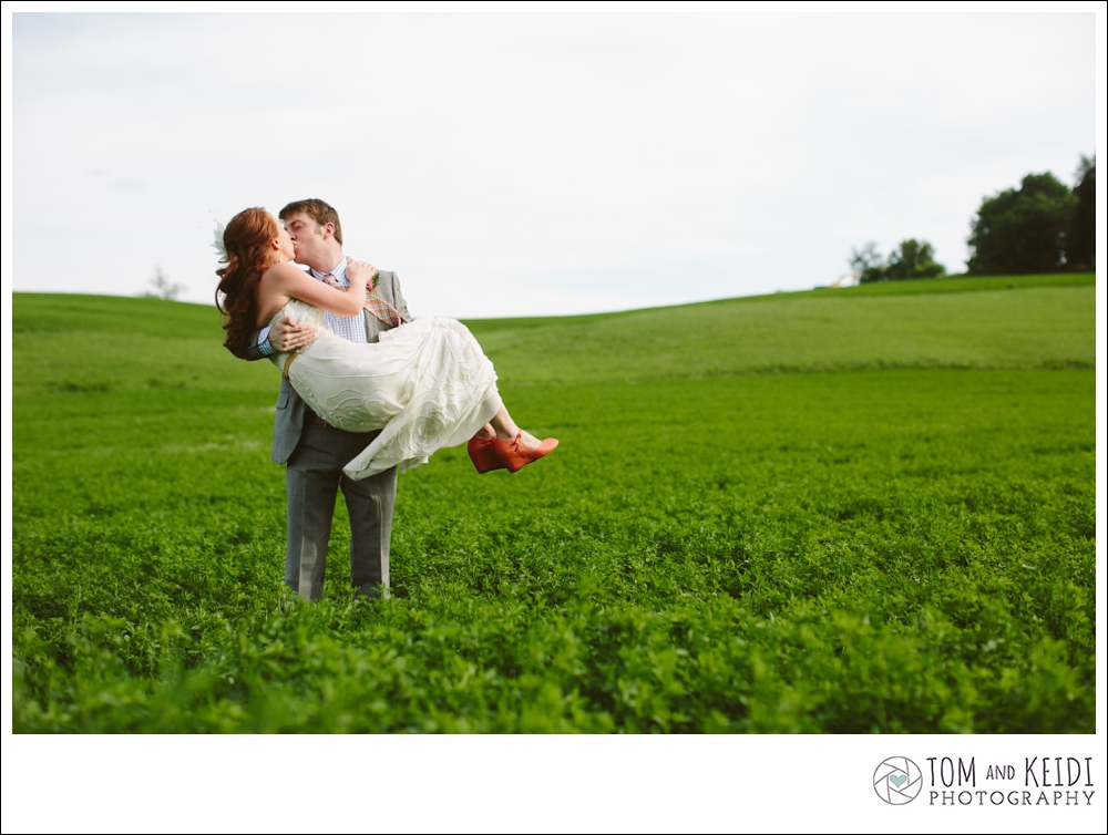 landscape outdoors natural wedding photos