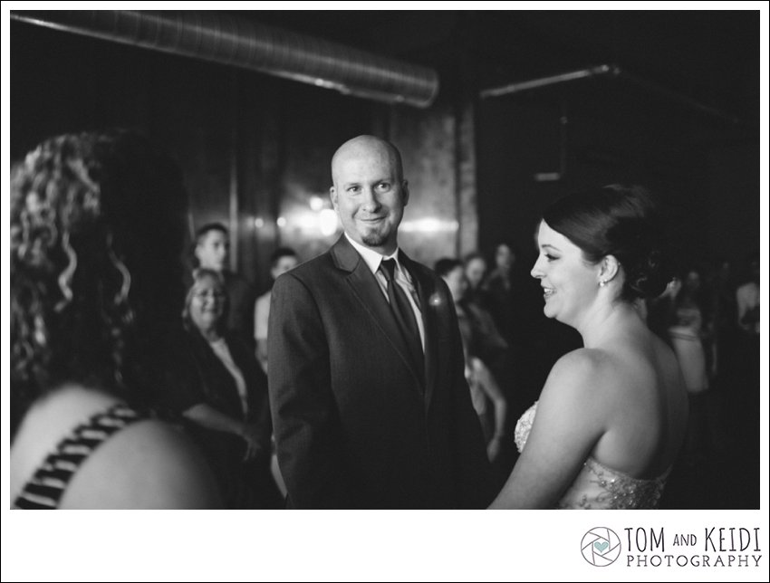 philadelphia wedding photographer journalistic