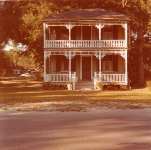 Inside-Outside House at its original location at 112 Altamonte Drive in Altamonte Springs.