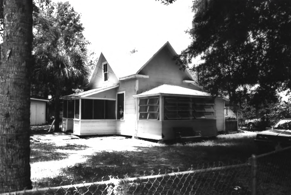 1990 at its original 202 Wilma location. Notice the later porch additions were removed for the move.