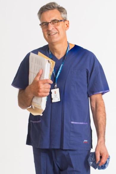 Knee expert Dr Julian Feller.  Photo:Simon Schluter