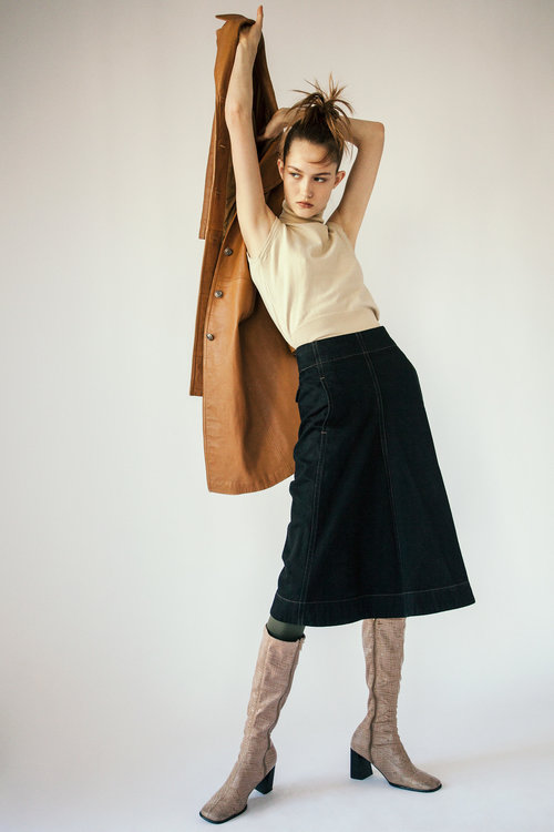 Photographer+Louise+Thornfeldt+presents+Vika+on+Anniversary+Magazine-6.jpg
