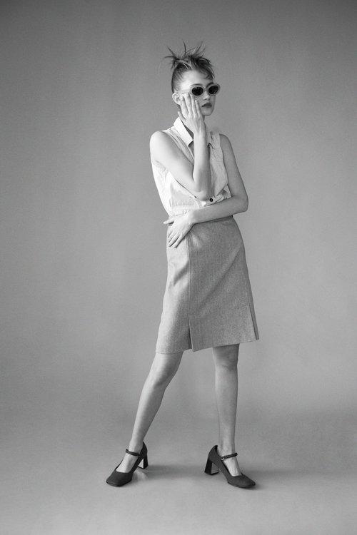 Photographer+Louise+Thornfeldt+presents+Vika+on+Anniversary+Magazine-11.jpg