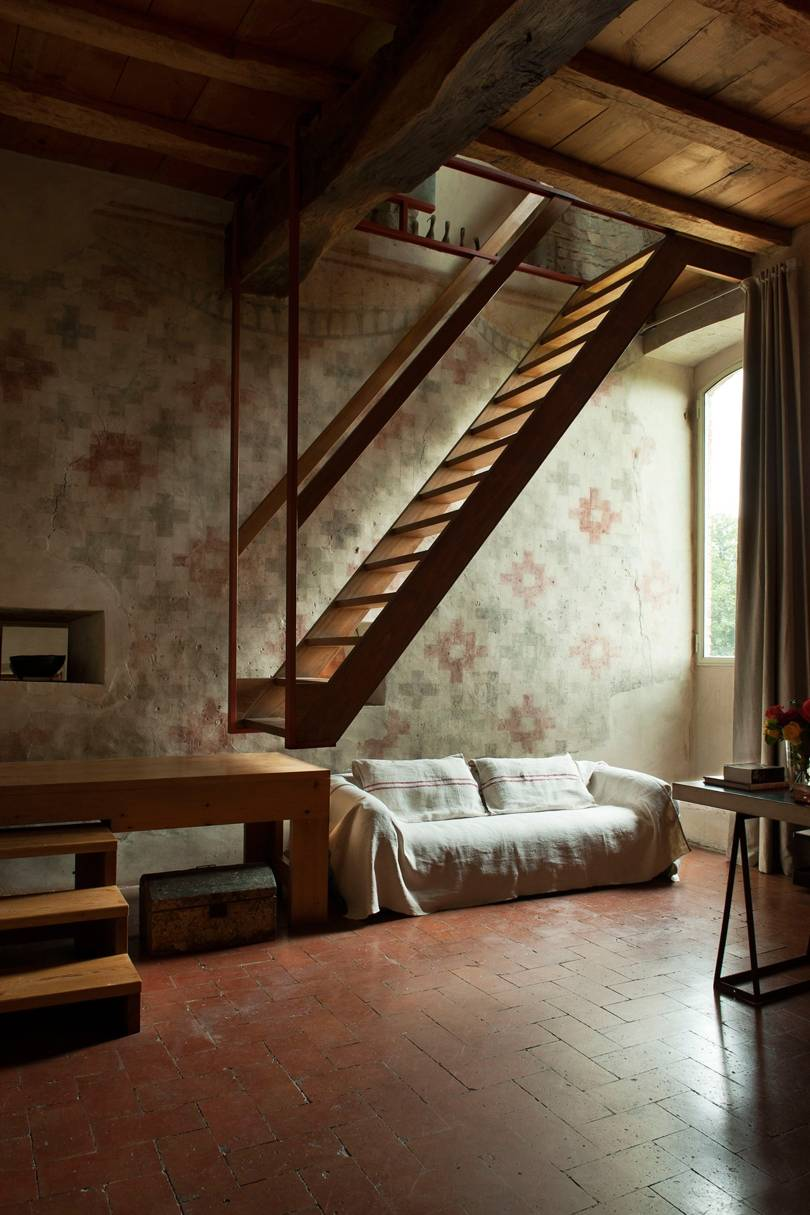 2633213-janissue-house-13feb15_pr_b.jpg