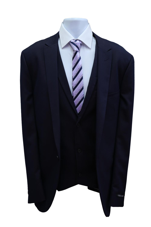 02 Suit Black.png