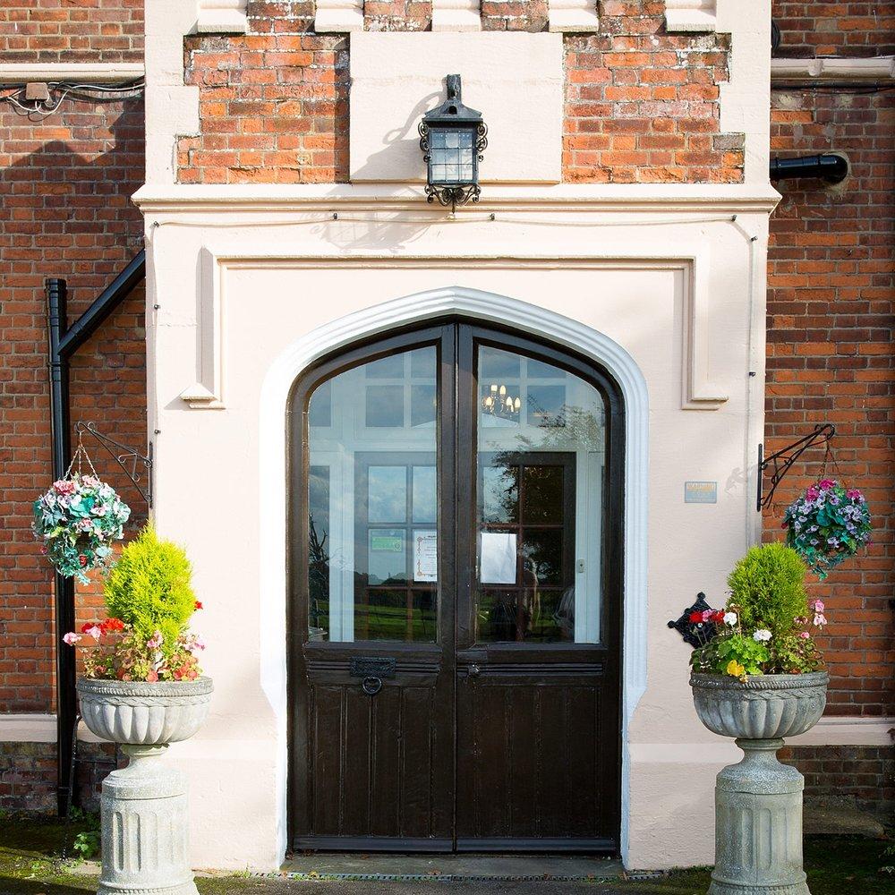 Holywell_Park_Nursing_Home_Sevenoaks_Exterior_010_0850.jpg
