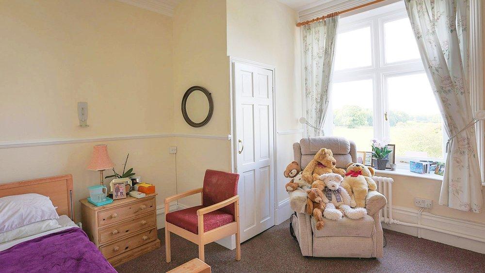 Holywell_Park_Nursing_Home_Sevenoaks_Interior_005_0679-2.jpg