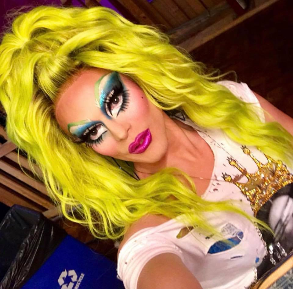 Art_Simone_Melbourne_Drag_Queen_Hire_Appearance_Melbourne_Victoria_Australia_Melb_Makeover_Transformation_Priscilla_Queen_of_the_desert_the_musical_Makeover_RuPaul_Willam