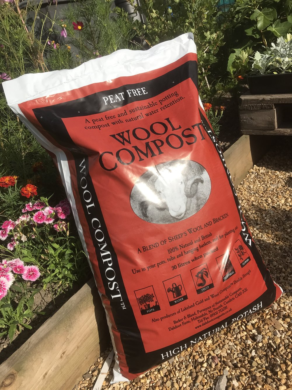 Wool Compost - £7.95 - For growing in containers where water retention is key. No need to add extra feed or water retaining gels. Use in containers, hanging baskets and raised beds