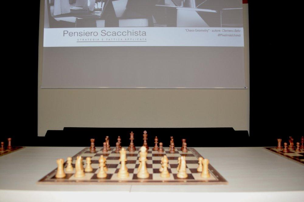 pensiero scacchi 3mag18_4.jpg
