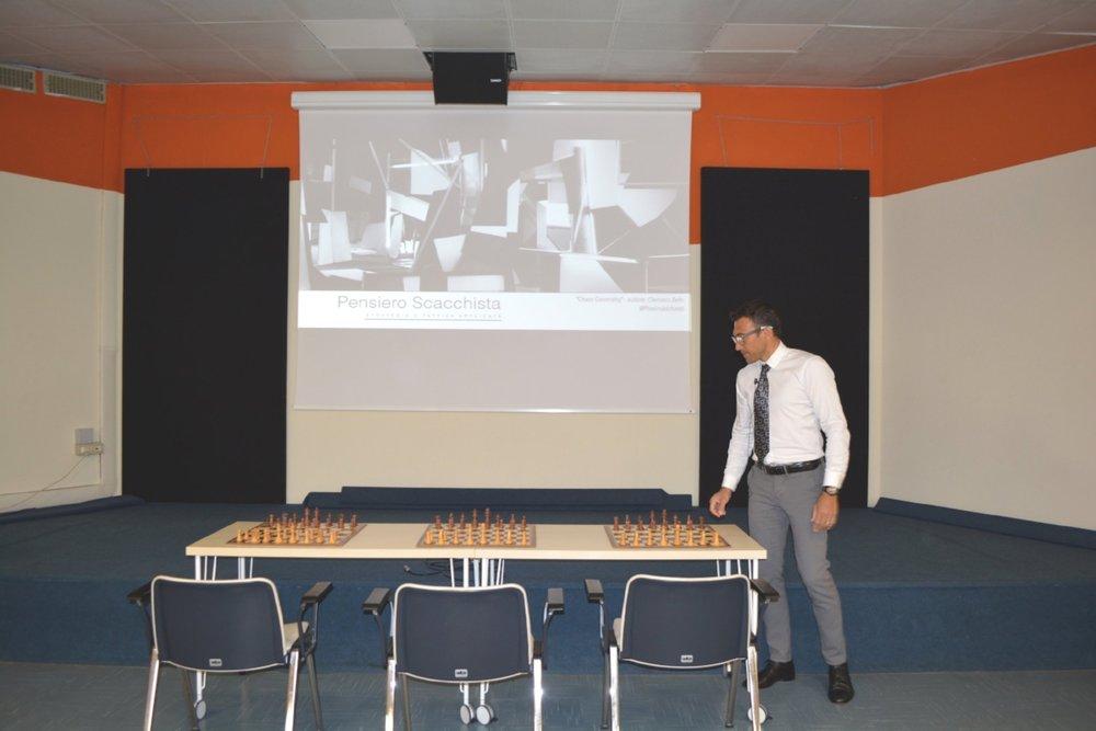 pensiero scacchi 3mag18_5.jpg