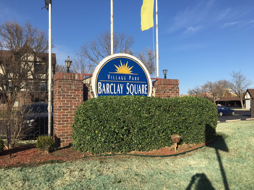 Barclay Square Sign.JPG
