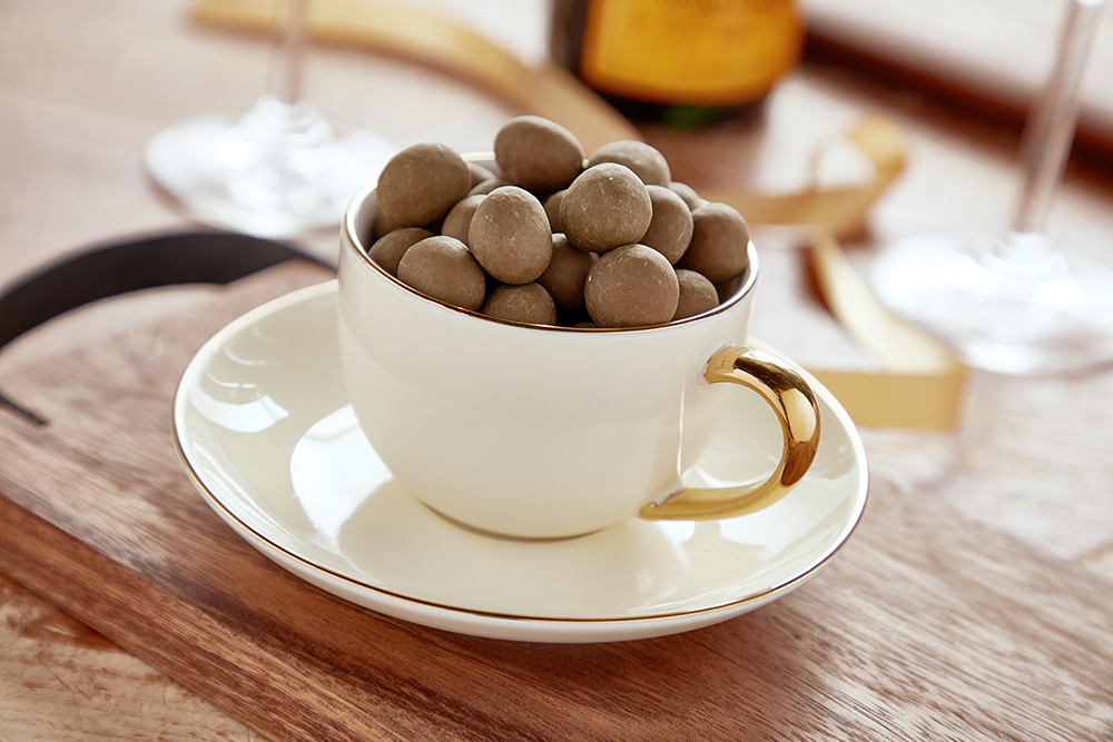 Matcha Milk Chocolate Toffee Almonds