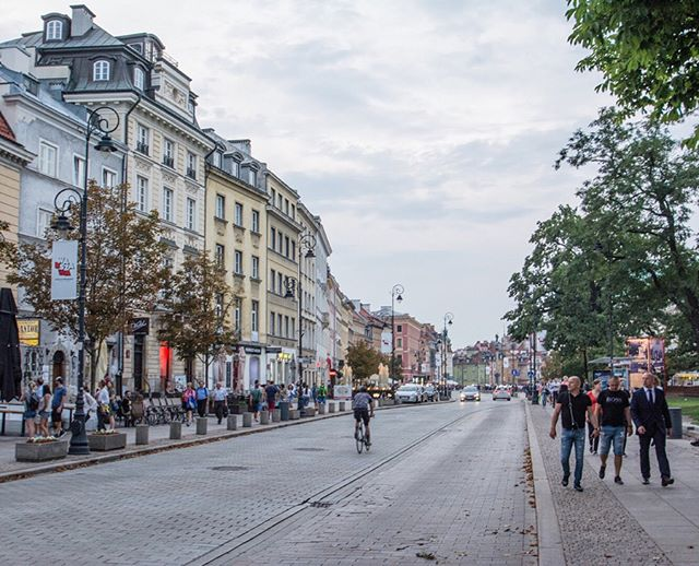 Like in Poznań, most of Warsaw's historic old town is a post-WWII reconstruction—but on an even greater scale. The culmination of the city's rebuilding effort can be found on the Royal Route, a historic corridor linking New and Old Warsaw and containing many of the city's grandest architectural treasures and civic spaces.